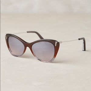 Brand new, never worn sunglasses